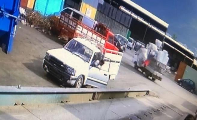 (Özel) 13 yaşındaki oğlunun kullandığı kamyonetten böyle düşmüştü... Acı haber bugün geldi