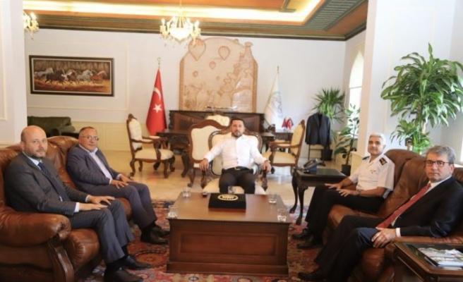 İl Jandarma Komutanı Erol, Nevşehir Belediye Başkanı Arı'yı ziyaret etti