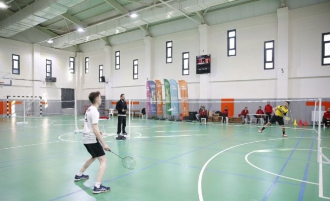 Hayatını adadığı badmintonda şampiyon oldu