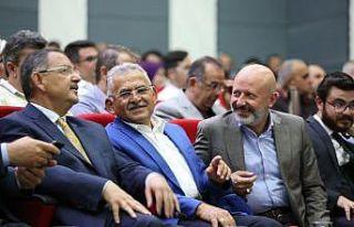 """Başkan Çolakbayrakdar, """"Sosyal Belediyecilik..."""