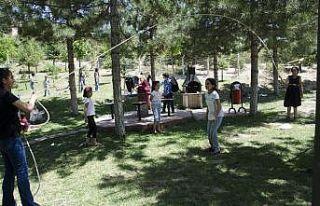 Öğrencilerin piknik keyfi