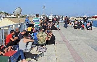 Ölüme yolculuktaki 5 şişme botta 180 göçmen...
