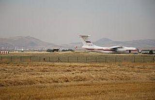 S-400'lerin teslimatında altıncı uçak Mürted...