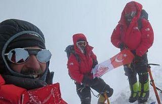 Türk Dağcılar 8058 metrelik Gasherbrum 1 Dağı'nın...