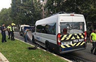 Fatih'te alkollü servis minibüsü şoförü tramvay...