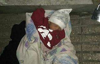 Hatay'da sokağa terk edilmiş bebek bulundu