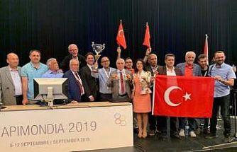Dünya'nın en iyi balı ödülü Türkiye'ye verildi