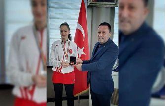 Bağlar Belediyesi'nin milli sporcusu Sena Kızılaslan Avrupa şampiyonasında