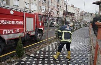 Nevşehir'de cadde ve sokaklar dezenfekte ediliyor