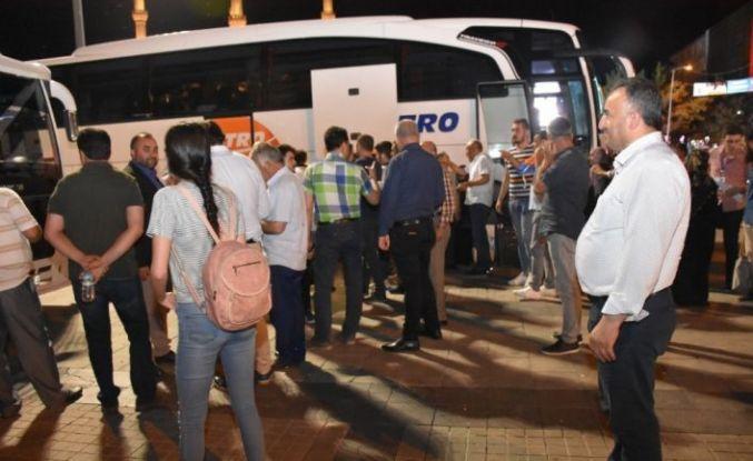İstanbul seçimi için Kırıkkale'den otobüslerle yola çıktılar