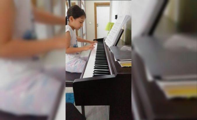 Erganili 10 yaşındaki Ada'dan büyük başarı
