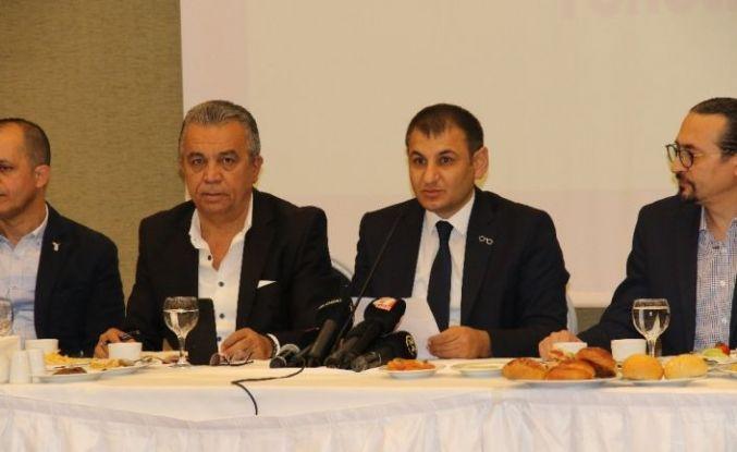 """Ramazan Özer: """"Odamızı Ankara ve bağlı illerde bulunan tüm optisyenler, gözlükçüler, toptancılar ve yerli üreticilerle yöneteceğiz"""""""
