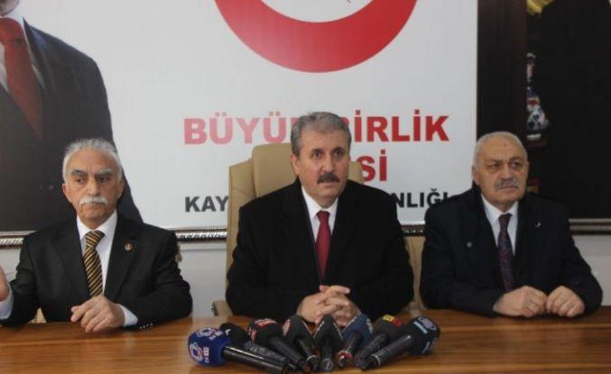 """BBP Lideri Destici: """"Ben bu teskereye 'evet' demeyen HDP'yi anlıyorum"""""""